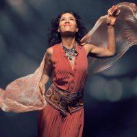 Donna De Lory - Voice as a Gravity-defying Instrument